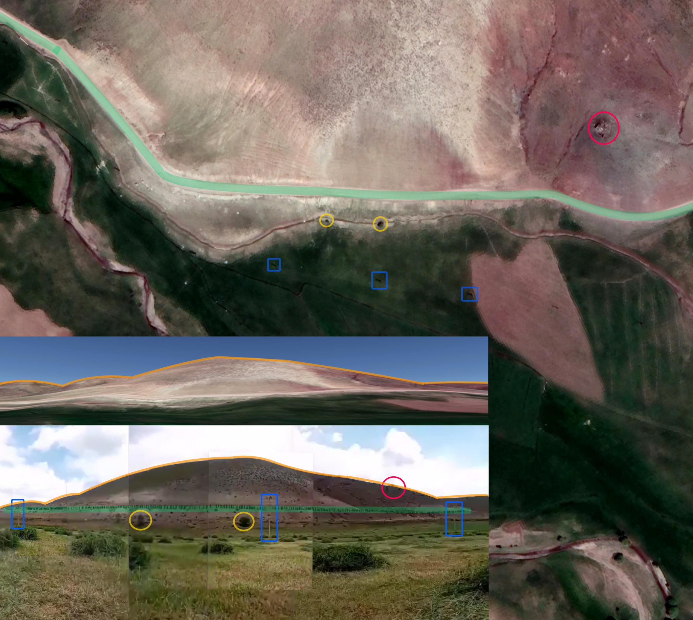 وجود چندین عنصر در این ویدئو موقعیت آن را تأیید میکند: نمای کوهستانی به رنگ نارنجی، درختان به رنگ زرد، تیرهای چراغ برق به رنگ آبی و یک تخته سنگ بزرگ در کوه به رنگ صورتی. مختصات: 38.70690552979099، 44.31337602957149 ©