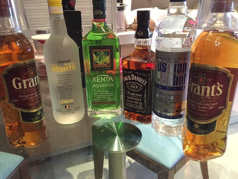Des bouteilles d'alcool achetées au marché noir en Iran. Photo envoyée par l'un de nos Observateurs.