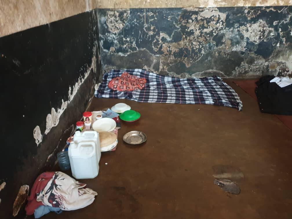 Des photos de l'intérieur de la prison ont été transmises à la rédaction des Observateurs par Jean-Chrysostome Kijana.