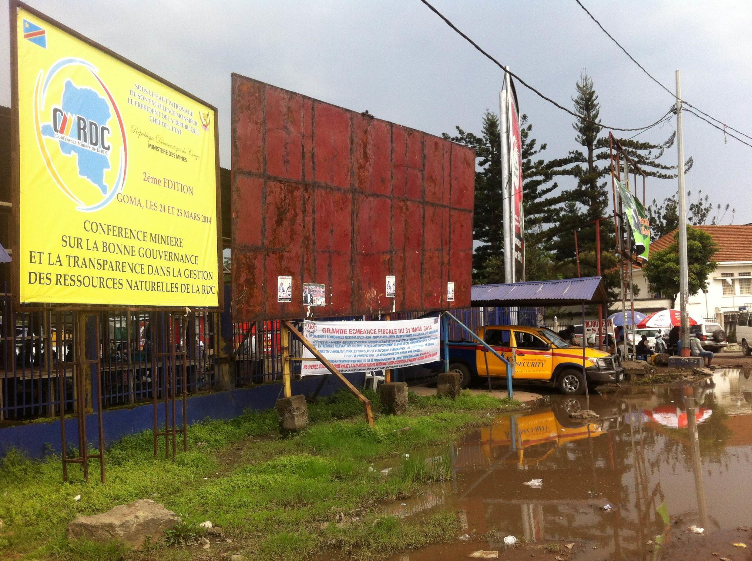 Authorities in Goma paid for makeshift repairs before the beginning of this conference on mining. Charly Kasereka/Goma