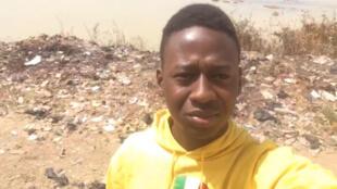 Our Observer filmed several videos showing the trash build-up alongside the Niger River in Mali.