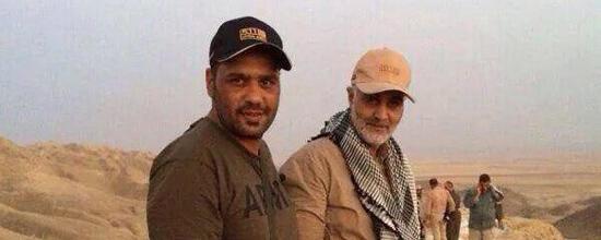 Photo de Qassem Soleimani (à droite) un commandant iranien qui aurait été prise à—Amerli en Irak.—Photo rerlayée publiée sur Twitter.
