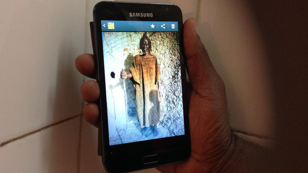 """""""La parole des sages du Mali dans votre smartphone"""" - cliquez sur l'image pour découvrir le projet lancé par Boukary Konaté"""