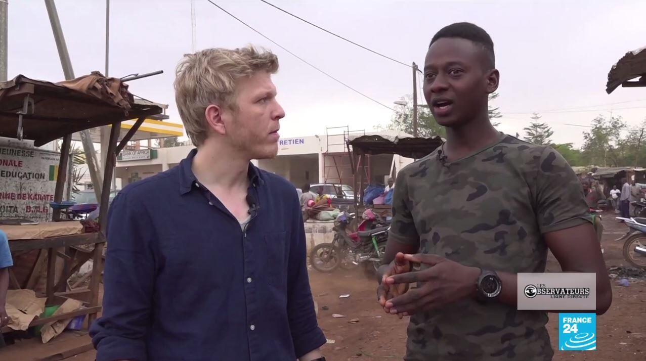 """Extrait de notre reportage avec nos Observateurs à Bamako. Ici, Omar Sissoko explique les problèmes d""""hygiène du transport de la viande fraiche."""