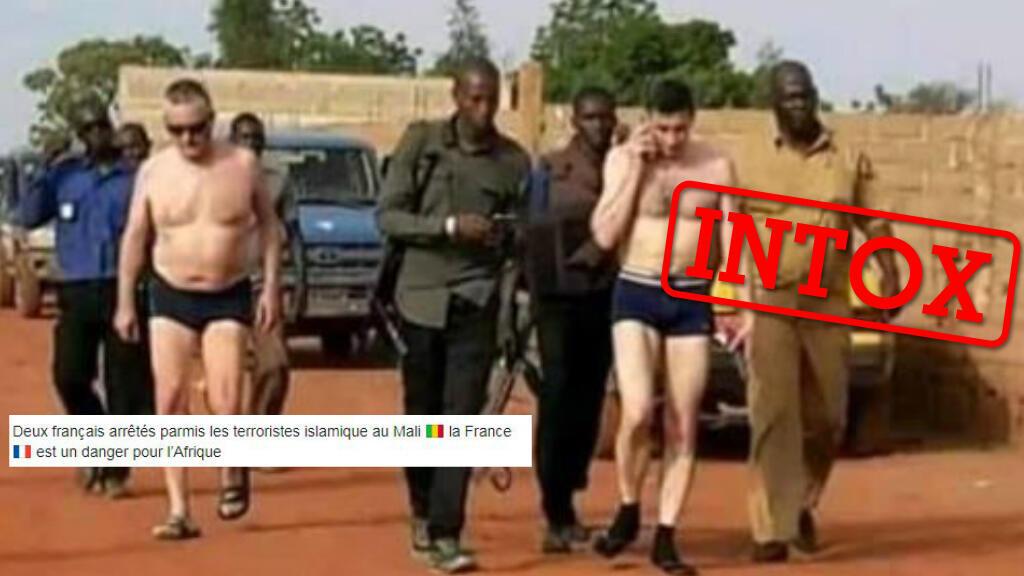 Plusieurs publications en Afrique de l'Ouest présentent les deux hommes en caleçon comme des terroristes français arrêtés au Mali. Il n'en est rien.