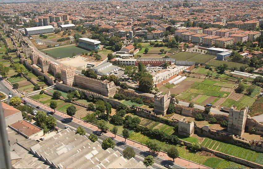 Vue aérienne des jardins de Yedikule.