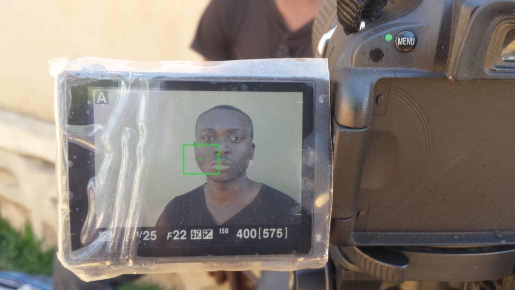 Janvier Kathembo, pendant l'interview pour l'émission spéciale des Observateurs de France 24. Photo : Julien Vweya.