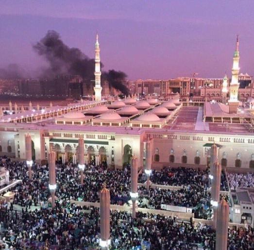Capture d'écran d'une photo de la mosquée du prophète largement partagée sur les réseaux sociaux.