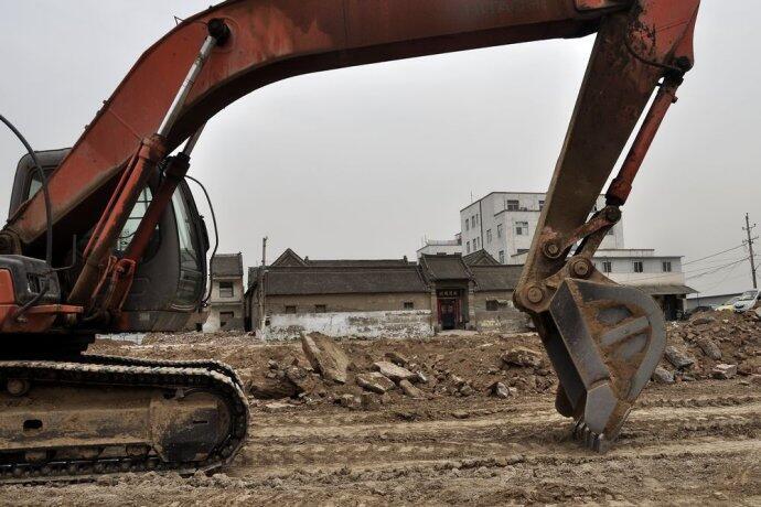 La maison de la famille Ren au milieu d'un énorme chantier. Photo postée sur le blog d'un habitant de Zhengzhou.
