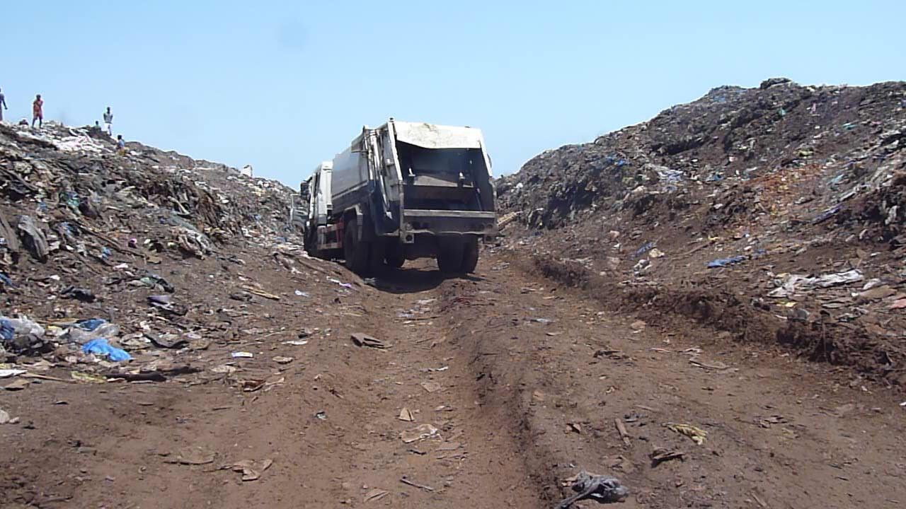 Notre Observateur a pris des photos de la décharge du quartier de Concasseur (Photo: Oumar Daroun Bah)