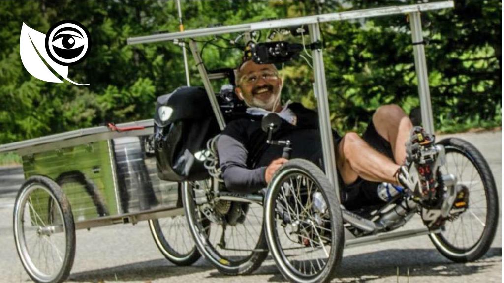 François Mendez sur son vélo solaire. Image postée sur sa page Facebook.