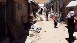 لقطة من فيديو صور داخل أحد مخيمات اللاجئين في عرسال، قرب الحدود السورية.