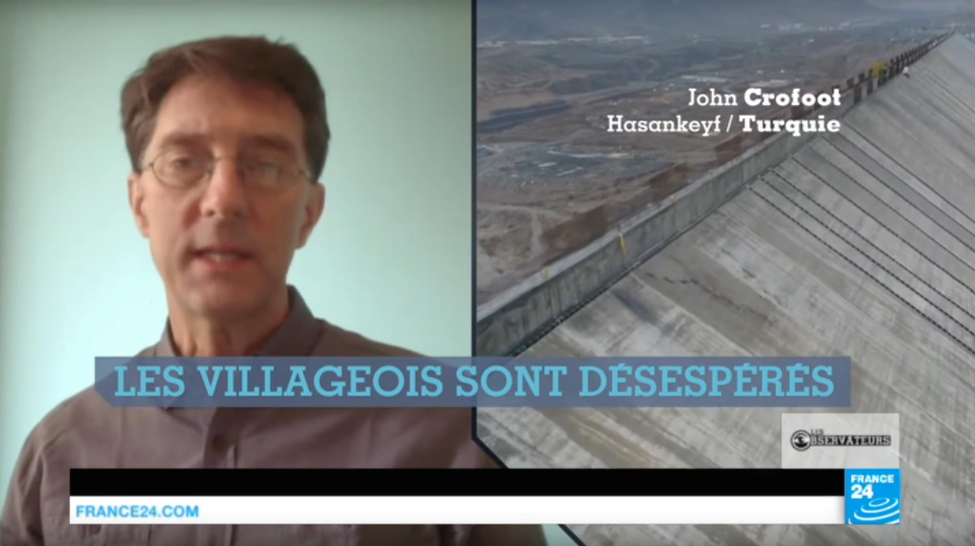 """Capture d'écran de l'émission """"Hasankeyf, le village kurde douze fois millénaire bientôt englouti ?"""" - Les Observateurs / France 24"""