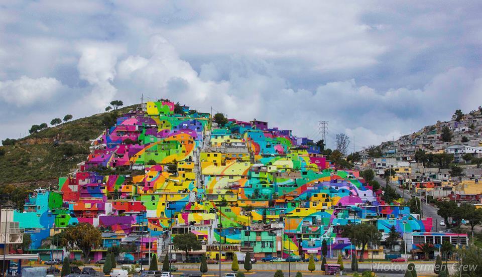 Vue d'ensemble du quartier repeint par les artistes de rue de Germen Crew. Photo : Germen Crew.