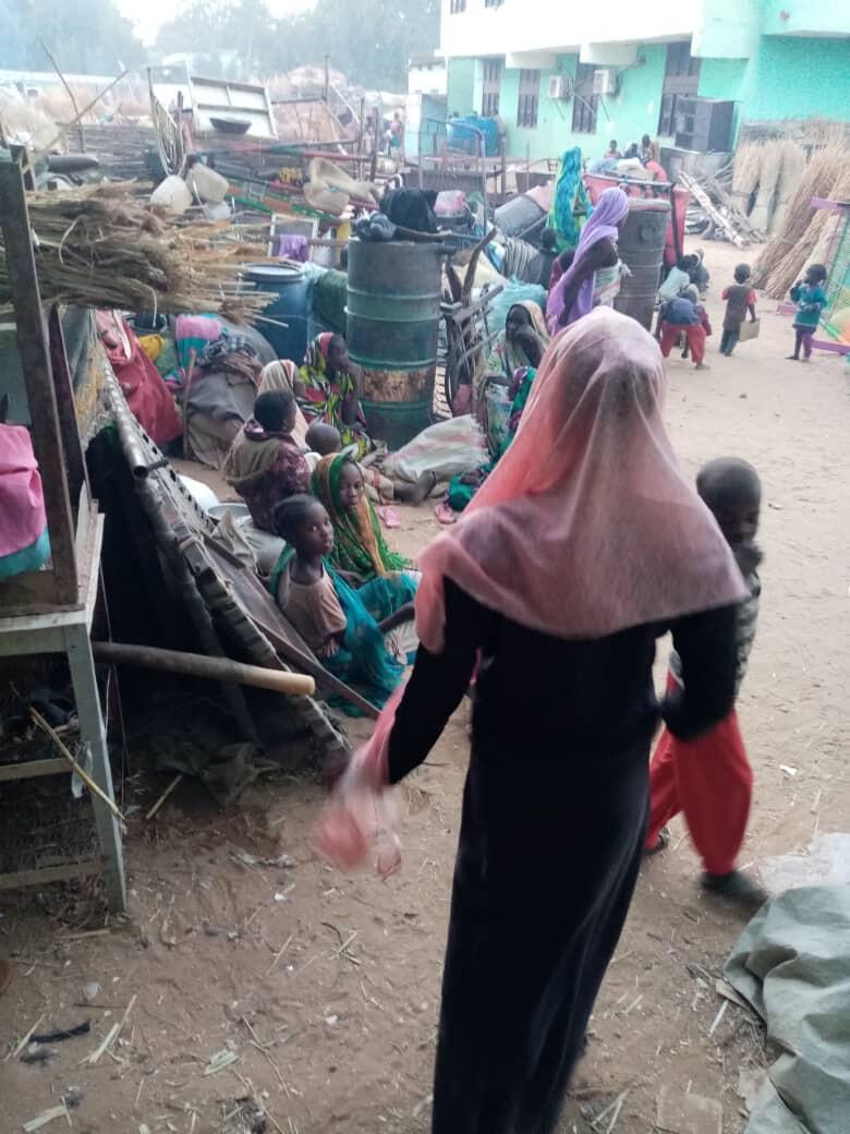 Des déplacés massalits dans un centre d'hébergement à Al-Geneina.