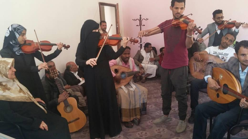 Students practising at the music institute in Sanaa en train de répéter. Photo by our Observer.