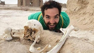 Soheil Taghav is an Iranian Instagram influencer who made the controversial decision to pose with skulls, bones and bits of pottery in the unexplored Tasuki archeological site.