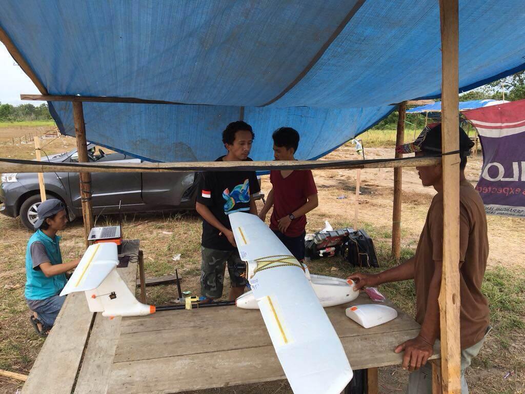 Sur l'île de Bornéo, des chercheurs aident les communautés locales à surveiller leur forêt grâce à des drones. Photo envoyée par notre Observateur.