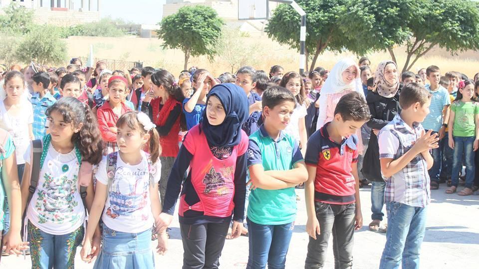 Privés d'école l'année dernière, les enfants de Saraqeb, en Syrie, ont eu droit à des cours de rattrapage cet été.