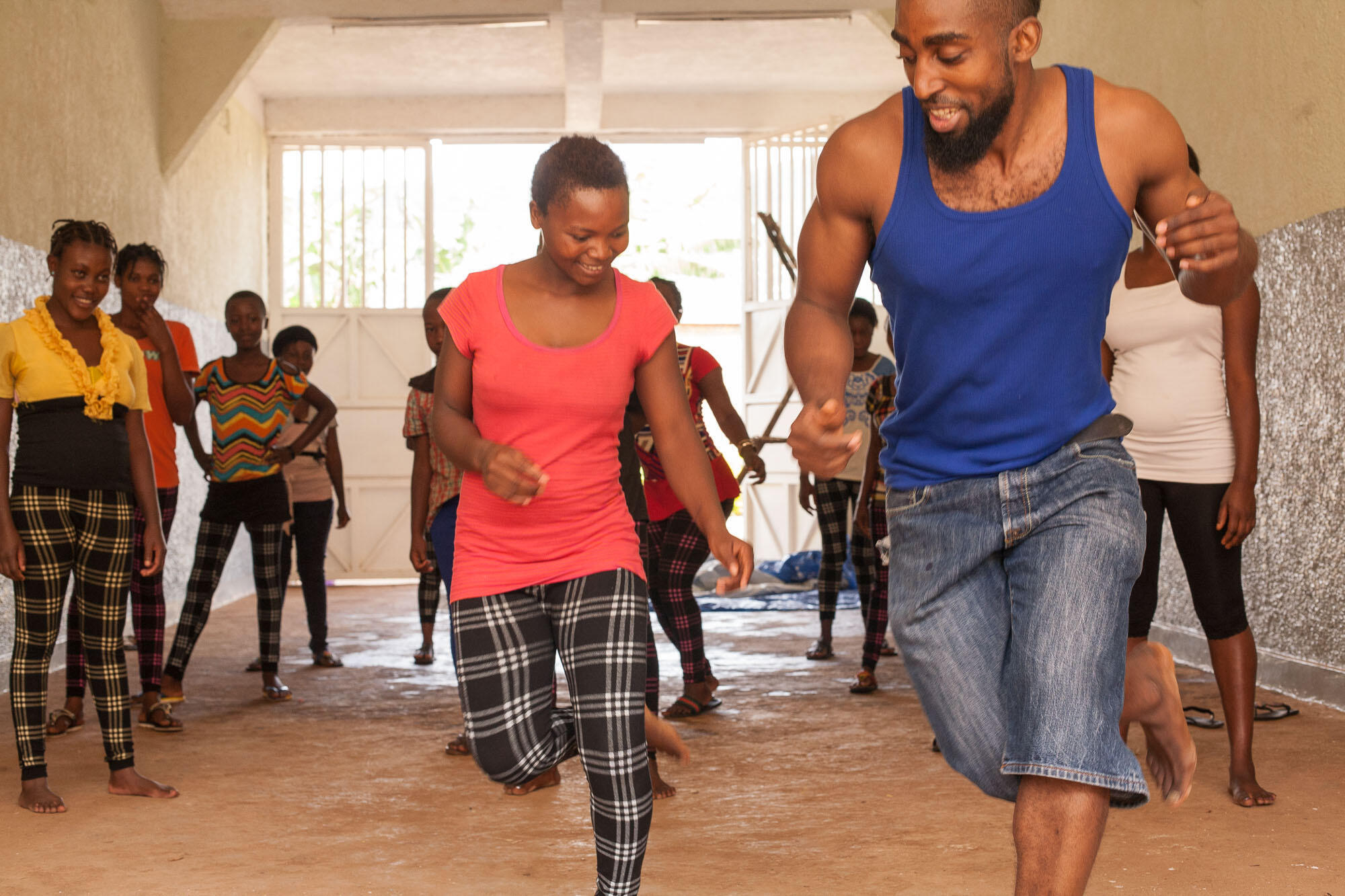 Bolewa Sabourin pendant l'atelier de danse à la Fondation Panzi.