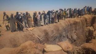Un effondrement dans une mine du nord du Tchad a fait plus de 50 morts le 23 septembre. Photo prise par un orpailleur à Kouri Bougoudi.