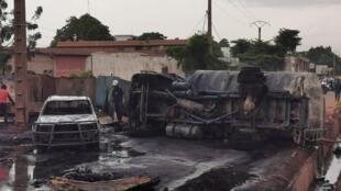 Image de l'explosion du camion-citerne à Bamako, mardi 24 septembre. Photo publiée sur la page Facebook du ministère malien des Transports et de la Mobilité urbaine.