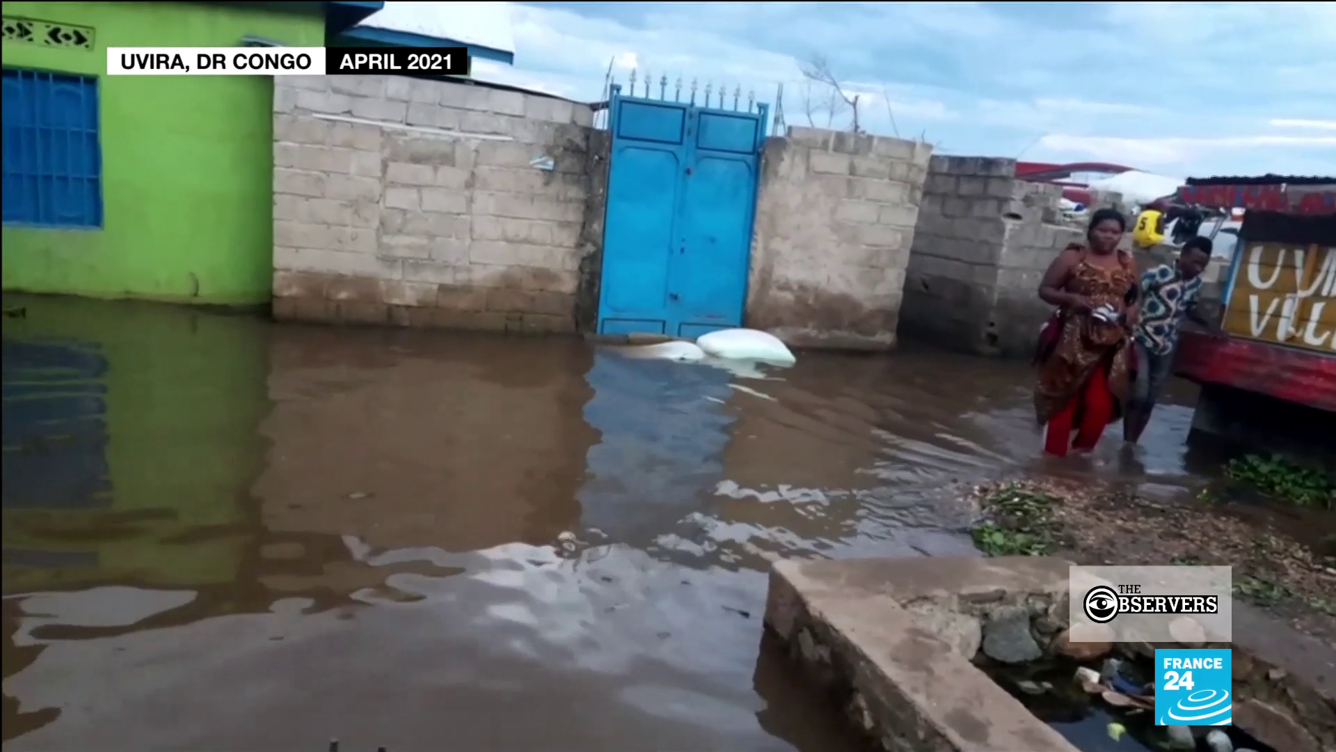 Collapsed walls, destroyed houses, a sunken port... In Uvira, one of the main cities of South Kivu in eastern DR Congo, Lake Tanganyika continues to rise.