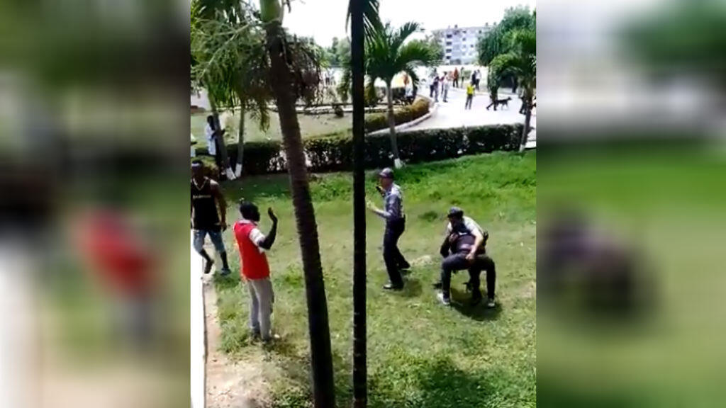 Lundi 8avril, des heurts se sont produits entre la police cubaine et des étudiants congolais à La Havane.