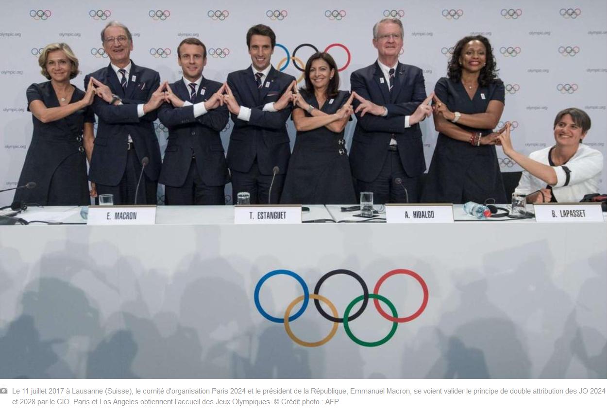 """Capture d'écran de la photographie de l'AFP du Comité Paris 2024 ainsi que sa légende, présente dans l'article de Sud Ouest du 13 septembre 2017 """"Paris 2024 : retour sur une folle campagne olympique en images"""""""
