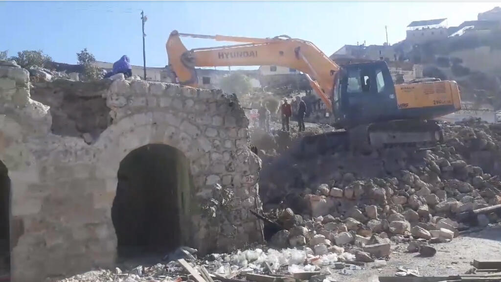 The historic Hasankeyf market was demolished in early November. Screengrab of a video by activist Rivdan Ayhan, published on Facebook on Nov. 4.