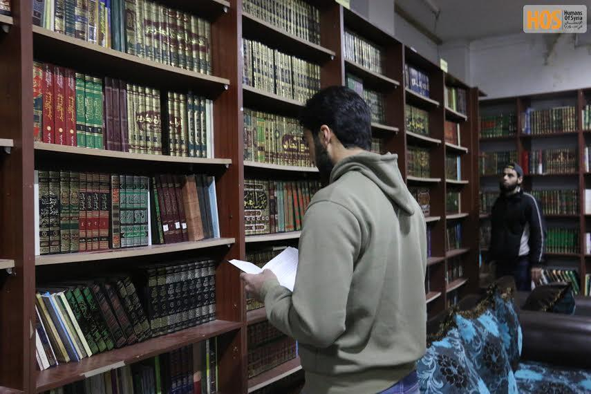 An underground library in Daraya. Source: Humans of Syria.