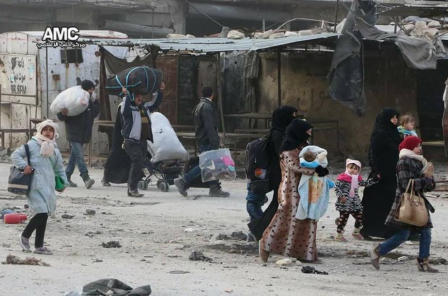 Fuite des habitants d'Alep-est vers les quartiers sous contrôle gouvernemental (Source: AMC)