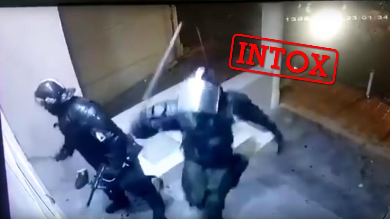 """Des policiers français s'adonnant à de """"fausses casses"""" ? Crédit : capture d'écran d'une vidéo diffusée sur Instagram."""