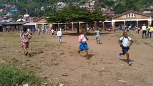 Parents came to pick up their children from several schools in Bukavu, thinking that they were going to receive the Covid-19 vaccination.