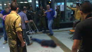 Victime floutée par France24. Photo Israel News Flash.