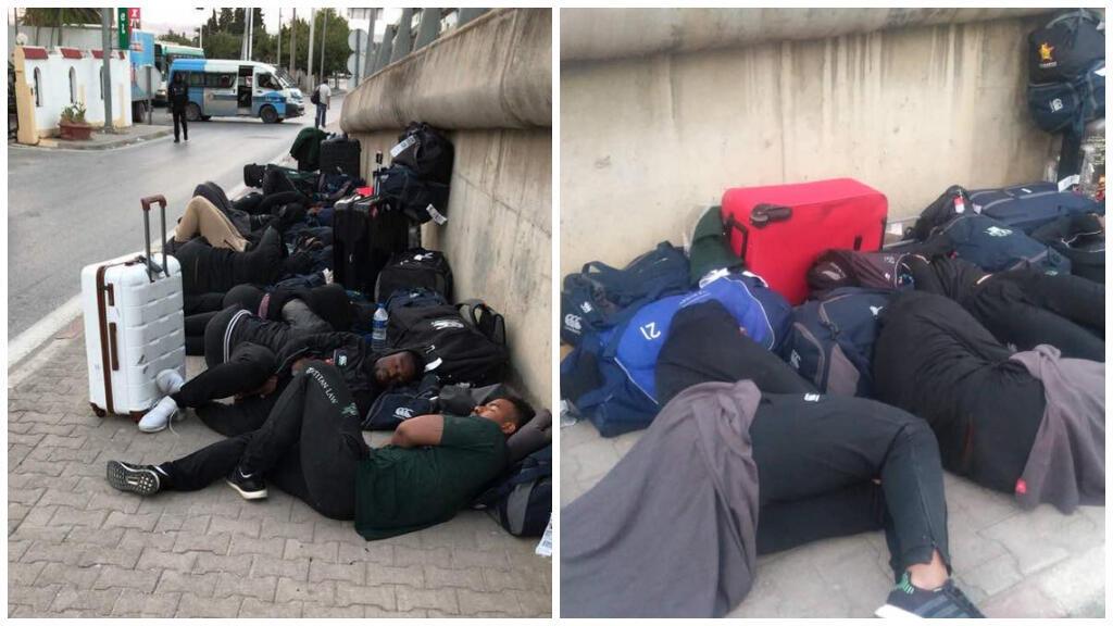 L'équipe masculine de rugby à 15 du Zimbabwe a dormi dehors mardi 2 juillet à Béja, en Tunisie. Crédit photos : Twitter / Captures d'écran.