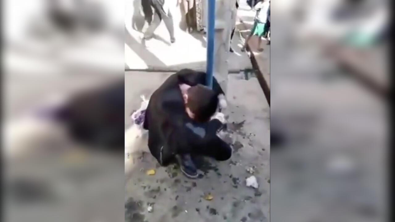"""Après la publication de cette vidéo, plusieurs internautes iraniens ont commencé à appeler Mehrdad Sepehri le """"George Floyd iranien"""" sur les réseaux sociaux."""