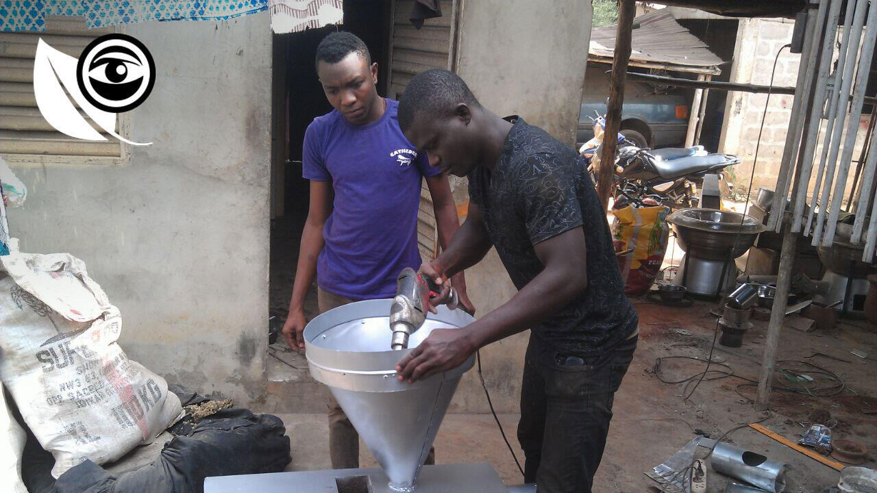 Franck and Francis invented an ecological oven that is fueled by palm kernel shells.