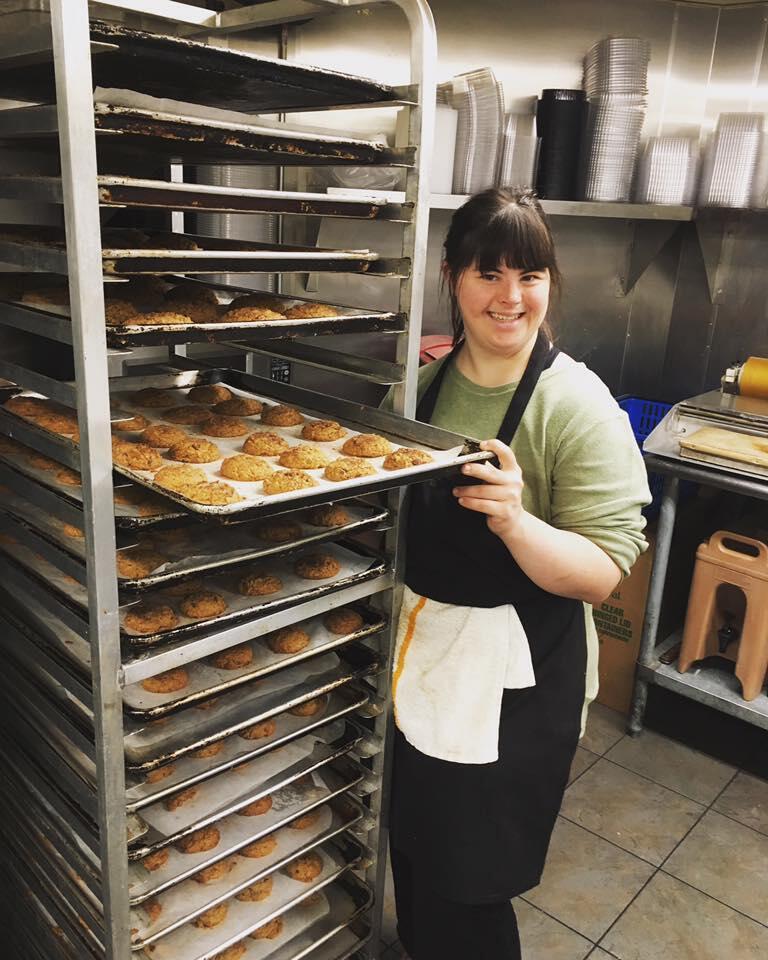 """Collette Divitto a créé sa propre entreprise de fabrication de cookies en 2011. Photo publiée sur la page Facebook """"Collettey's Cookies""""."""