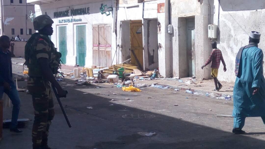 Une boutique mauritanienne de Saint-Louis saccagée par des manifestants en colère, suite à la mort d'un pêcheur décédé lors d'un contrôle par les garde-côtes mauritaniens. Photo Petit Ndiaye.