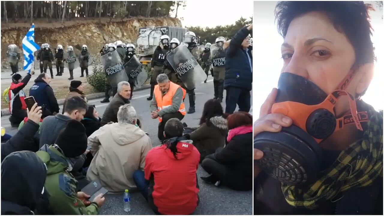 Dans des vidéos amateurs prises par des manifestants le 25 février, les policiers anti-émeutes protègent le futur site de construction du centre de détention.