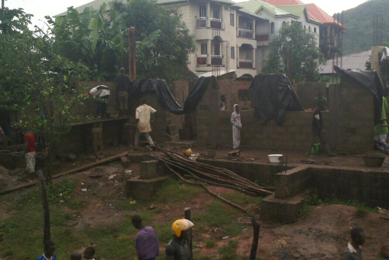 La construction d'une deuxième mosquée à Touba a créé des tensions dans le village.
