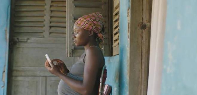 A pregnant woman using 'GiftedMom'. Photo courtesy of GiftedMom.