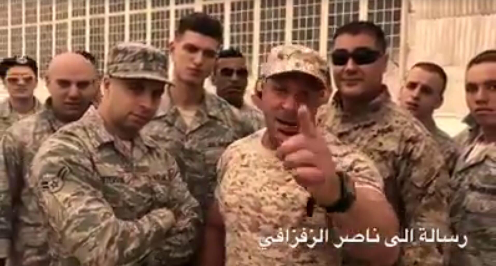 Une vidéo montrant des individus en tenues militaires menacer les manifestants du Rif a été relayée par de nombreux médias marocains comme une menace de marines américains... il s'agissait en fait d'une parodie qui a mal tourné.