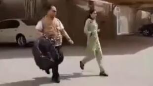 صحنهای از فراری دادن زن فیلیپینی توسط کارمندان سفارت فیلیپین از کویت