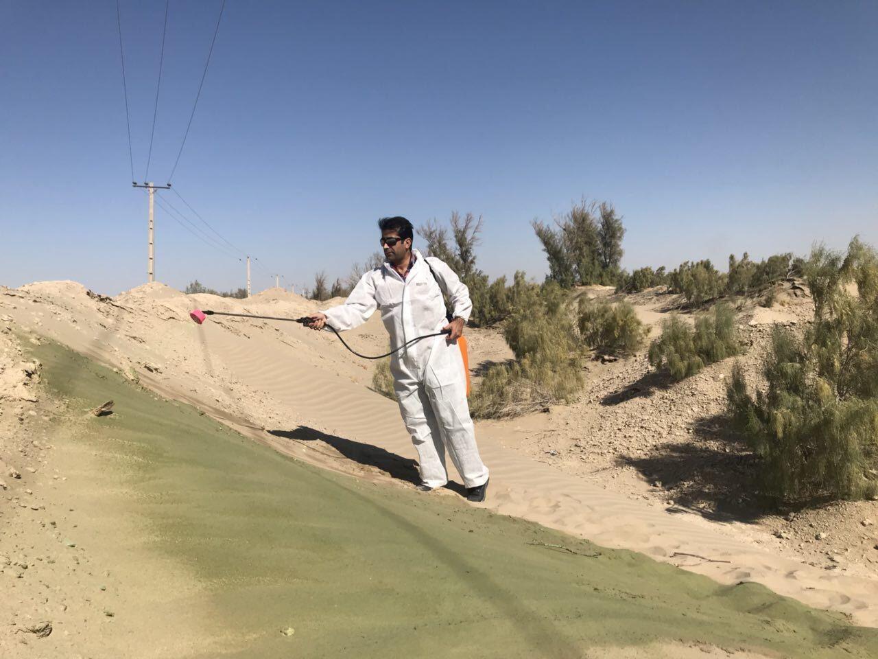 """Notre Observateur en train de tester """"Nanorad851"""" à Chabahar, dans la province du sud-ouest de l'Iran."""