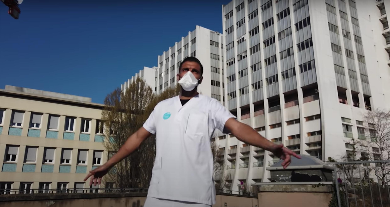 """Dans leur clip """"20H"""", le trio G7N rend hommage aux soignants mobilisés. Capture d'écran / YouTube """"G7Nofficial""""."""