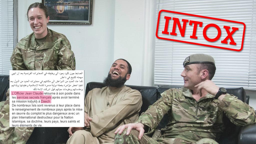 De nombreux internautes arabophones ont partagé cette photo, affirmant qu'elle dévoilait un complot: la France aurait envoyé des agents infiltrés dans les rangs de l'organisation État islamique. Mais cette photo n'a rien à voir avec la France.