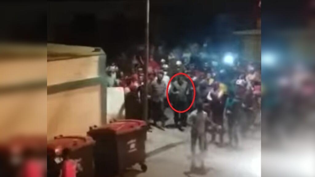 Le président vénézuélien Nicolas Maduro fuit une manifestation sur l'île Margarita. Capture d'écran de la vidéo diffusée par Reporte Confidencial.