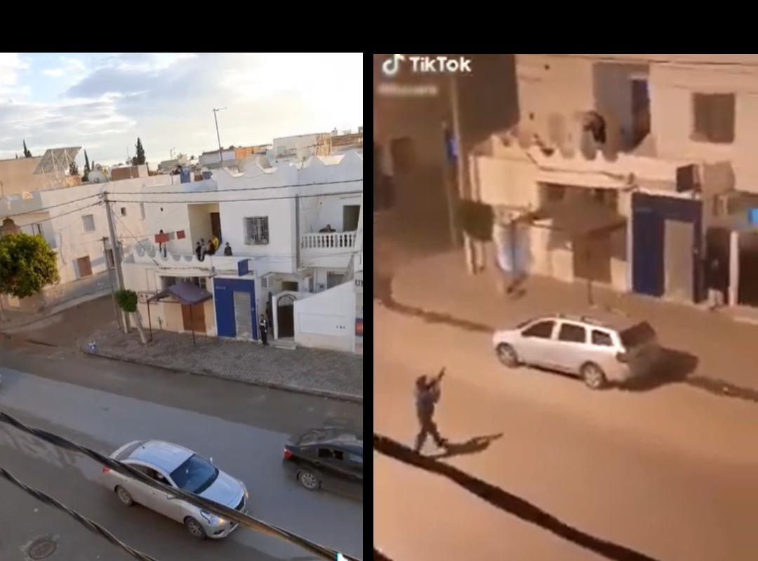 من اليسار إلى اليمين، صور شاشة من مقطع الفيديو الذي يظهر الشرطي يطلق شيئا ما على شخص متواجد في شرفة شقته، صور شاشة من مقطع فيديو تم التقاطه في نفس المكان ونشر من قبل نفس الحساب على تطبيق تيك توك.